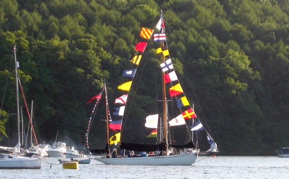 Kerswell Farmhouse B&B is only 15 minutes from Dartmouth where the Dartmouth Regatta, one of the largest in England, is held at the end of every August
