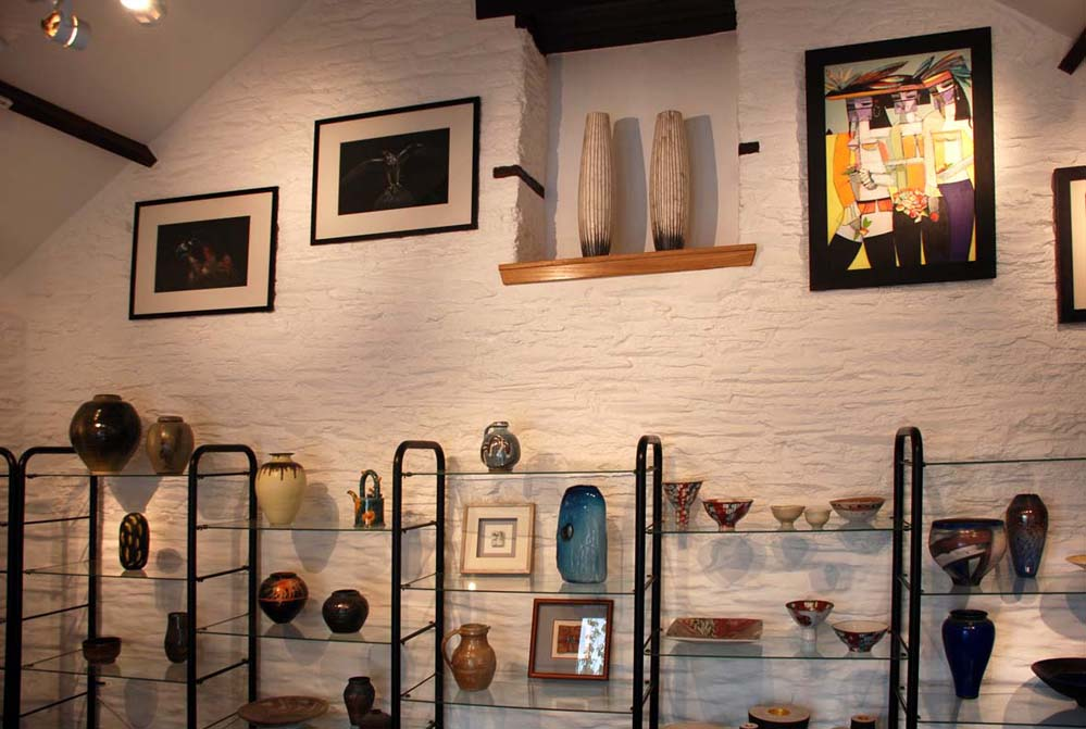 Kerswell Farmhouse B&B South Hams Totnes Dartmouth Art Gallery Pottery Paintings Glass